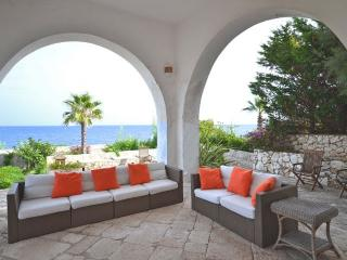 Charming 7 bedroom Villa in Castro - Castro vacation rentals