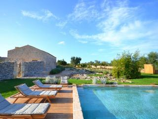 6 bedroom Villa in Nr Otranto, Puglia, Italy : ref 2226440 - Cannole vacation rentals