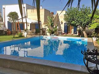 Perfect Villa with Internet Access and Television - Diso vacation rentals