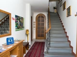 B&B Belvedere - Camera singola - Montale vacation rentals