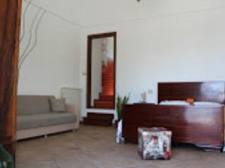 Romantic 1 bedroom B&B in Piano di Sorrento with Internet Access - Piano di Sorrento vacation rentals