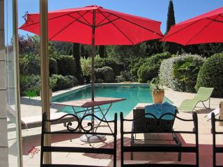 Villa in nr. Pertuis, Luberon National Park, Provence, France - Grambois vacation rentals