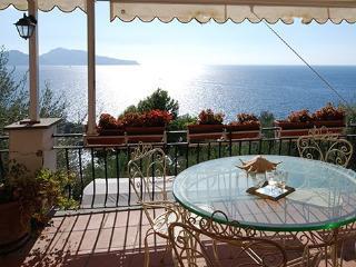 4 bedroom Villa in Punta Lagno, Costa Sorrentina, Amalfi Coast, Italy : ref 2230193 - Marciano vacation rentals