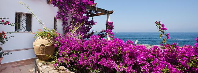 3 bedroom Villa in San Montano, Costa Sorrentina, Amalfi Coast, Italy : ref 2230199 - Image 1 - Caianello - rentals