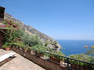 4 bedroom Villa in Vico Equense, Positano, Amalfi Coast, Italy : ref 2230201 - Vico Equense vacation rentals