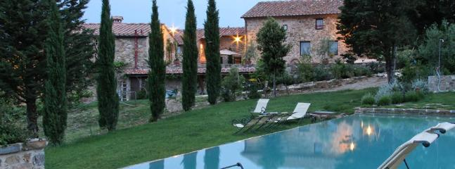 7 bedroom Villa in Marciano, Firenze Area, Tuscany, Italy : ref 2230287 - Image 1 - Marciano Della Chiana - rentals