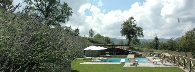 6 bedroom Villa in Arezzo, Arezzo Area, Tuscany, Italy : ref 2230308 - Image 1 - Arezzo - rentals