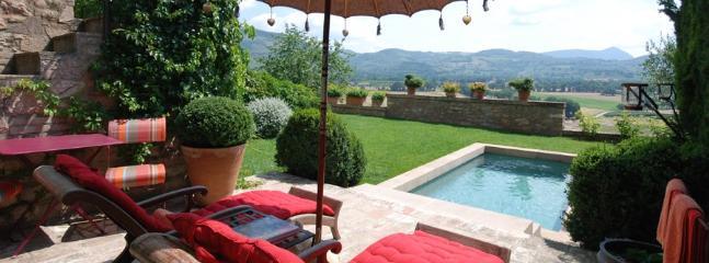 3 bedroom Villa in Spello, Campagna Umbra, Umbria, Italy : ref 2230328 - Image 1 - Spello - rentals