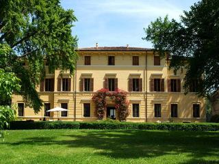 Villa in Sermide, Mantova, Lombardy And Lake Como, Italy - Sermide vacation rentals