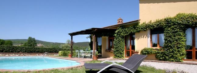 3 bedroom Villa in Monteriggioni, Siena Area, Tuscany, Italy : ref 2230377 - Image 1 - Monteriggioni - rentals