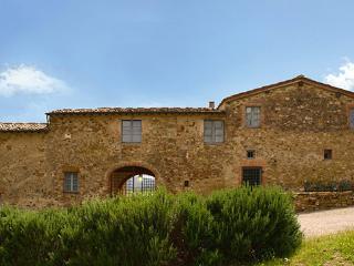 5 bedroom Villa in Castellina In Chianti, Siena Area, Tuscany, Italy : ref 2230407 - Castellina In Chianti vacation rentals