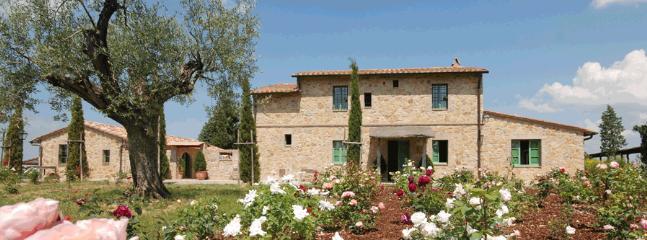 6 bedroom Villa in Pienza, Siena Area, Tuscany, Italy : ref 2230411 - Image 1 - Pienza - rentals