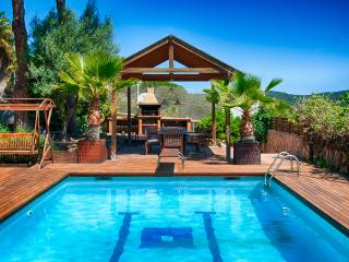 Beautiful 4 bedroom Blanes Chalet with Internet Access - Blanes vacation rentals
