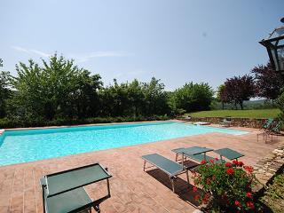 4 bedroom Villa in Castel Focognano, Arezzo Area, Tuscany, Italy : ref 2230457 - Castel Focognano vacation rentals
