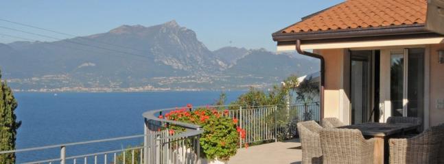 3 bedroom Villa in Brancolino, Lake Garda, Italy : ref 2230477 - Image 1 - Nogaredo - rentals