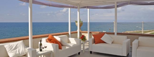 8 bedroom Villa in Cava D Aliga, Ragusa Area, Sicily, Italy : ref 2230510 - Image 1 - Cava d'Aliga - rentals
