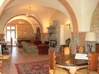 5 bedroom Villa in Badia Agnano, Arezzo Area, Tuscany, Italy : ref 2230554 - Badia Agnano vacation rentals