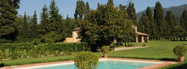 4 bedroom Villa in Camigliano, Lucca Area, Tuscany, Italy : ref 2230572 - Image 1 - Poggio alle Mura - rentals