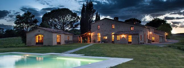 9 bedroom Villa in Castelnuovo Tancredi, Siena Area, Tuscany, Italy : ref 2230579 - Image 1 - Siena - rentals