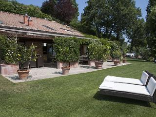 Comfortable 3 bedroom Vacation Rental in San Donato In Collina - San Donato In Collina vacation rentals