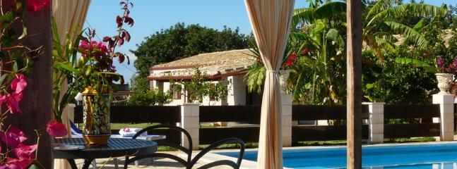 5 bedroom Villa in Santa Croce Camerina, Ragusa Area, Sicily, Italy : ref 2230593 - Image 1 - Santa Croce Camerina - rentals