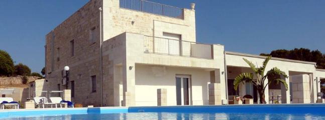6 bedroom Villa in Santa Croce Camerina, Ragusa Area, Sicily, Italy : ref 2230594 - Image 1 - Santa Croce Camerina - rentals