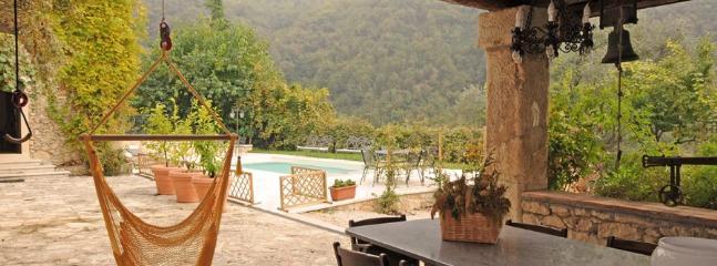 6 bedroom Villa in Castelgomberto, Verona E Valpolicella, Veneto And Venice - Image 1 - Grisignano di Zocco - rentals