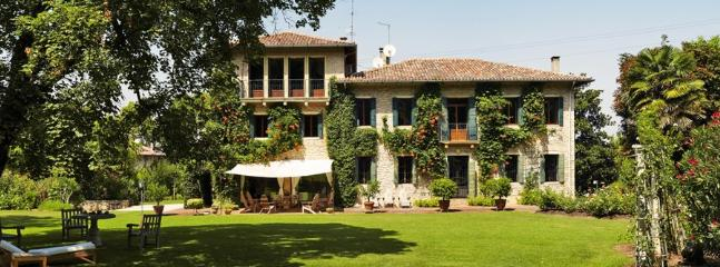 6 bedroom Villa in Bastia Di Rovolon, Padova Area, Veneto And Venice, Italy : ref 2230602 - Image 1 - Rovolon - rentals