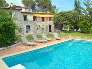5 bedroom Villa in St Paul De Vence, Cote D Azur, France : ref 2232731 - Saint-Paul-de-Vence vacation rentals