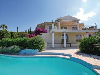 5 bedroom Villa in Les Issambres, Var, France : ref 2239165 - Les Issambres vacation rentals