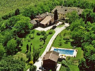 Sunny Farmhouse Barn with Internet Access and Balcony - Castelfiorentino vacation rentals