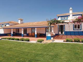 8 bedroom Villa in Boliqueime, Algarve, Portugal : ref 2249187 - Cerca Velha vacation rentals