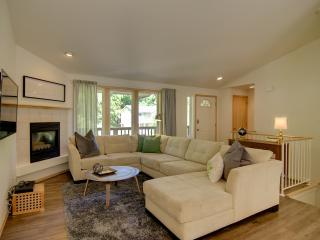 Quiet Rosedale Gig Harbor Home - sleeps 5 - 2BA - Gig Harbor vacation rentals
