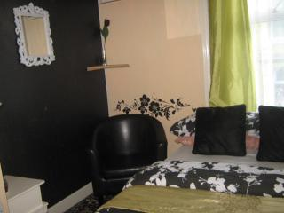 argon guest house    rm4 - Blackpool vacation rentals