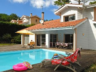3 bedroom Villa in Moliets, Aquitaine, France : ref 2255464 - Moliets vacation rentals