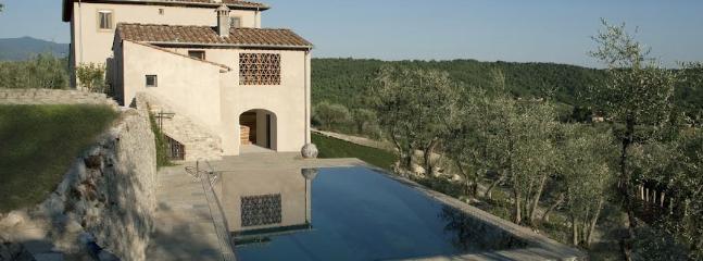 8 bedroom Villa in San Donato in Collina, Florence, Italy : ref 2258992 - Image 1 - San Donato In Collina - rentals