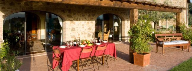 3 bedroom Villa in Certaldo, Florence, Italy : ref 2258995 - Image 1 - Lucardo - rentals