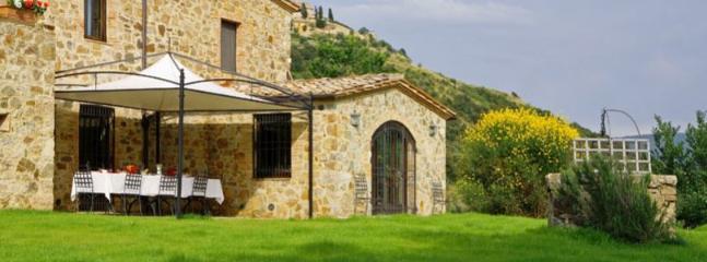 4 bedroom Apartment in Siena, Near Montalcino, Siena, Italy : ref 2259030 - Image 1 - Montalcino - rentals