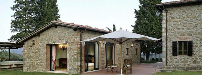 4 bedroom Villa in Ambra, Siena, Italy : ref 2259038 - Image 1 - Duddova - rentals