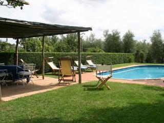 6 bedroom Villa in Pisa, Pisa region, Tuscany, Italy : ref 2259048 - Fauglia vacation rentals