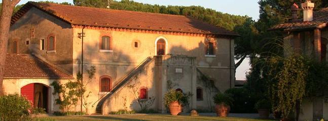4 bedroom Villa in Grosseto, Near Braccagni, Grosseto, Italy : ref 2259066 - Image 1 - Braccagni - rentals