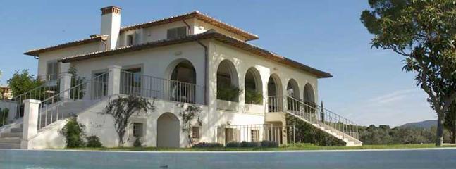 7 bedroom Villa in Castiglione della Pescaia, Grosseto, Italy : ref 2259069 - Image 1 - Castiglione Della Pescaia - rentals