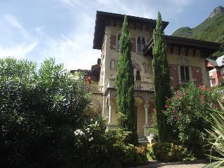 3 bedroom Apartment in Laglio, Lake Como, Italy : ref 2259076 - Como vacation rentals