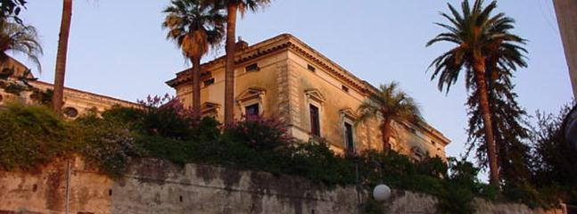 5 bedroom Villa in Lauro, Naples region, Italy : ref 2259138 - Image 1 - Taurano - rentals