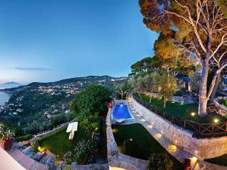 5 bedroom Villa in Sorrento, Near Sorrento, Amalfi Coast, Italy : ref 2259139 - Marciano vacation rentals