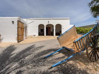 6 bedroom Villa in Sant Antoni de Portmany, Sant Rafel de la Creu, Ibiza : ref 2259649 - San Rafael vacation rentals