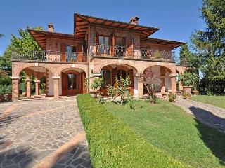 Villa in Torrita Di Siena, Tuscany, Italy - Torrita di Siena vacation rentals