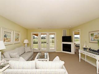 2 bedroom Condo with Internet Access in Cedar Neck - Cedar Neck vacation rentals