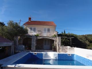 Lovely House with A/C and Shared Outdoor Pool - Vela Luka vacation rentals