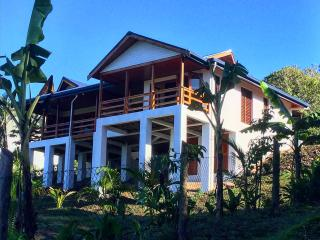 Romantic 1 bedroom Sigatoka Villa with A/C - Sigatoka vacation rentals